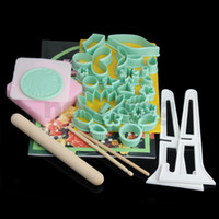 Wholesale 32 Cake Sugar Cutters Plunger Paste Fondant Sugarcraft Decorating Tools Set