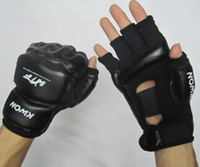 Wholesale Half finger Taekwondo kickboxing gloves mma gloves low price black and white