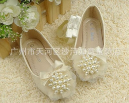 Wholesale Cream Round Sharp Pearl Shoes Lace Ribbon Bowknot Girl s Footwear Childrens Flats Sizes