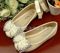 Wholesale Cream Children s Dress Shoes Fashionable Kids Princess Flats Pearl with Diamonds Bowtie Sizes