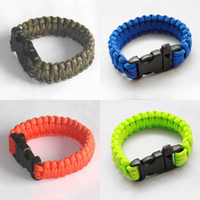 Wholesale outdoor products survival escape life saving bracelet paracord Hand Made with whistle plastic buckle