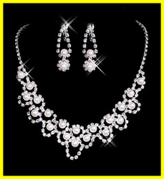 Wholesale New Elegant Pearls Diamond Earrings Necklace Wedding Jewelry Set Bridal Accessories