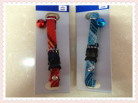Wholesale pet produts cat collar with fish shape saftey buckle classic check patten silver bell