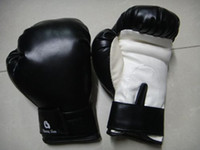 Wholesale HuangShan High Quality PU Half Finger Sanshou Fighting Sndbag Boxing Gloves MMA UFC Muay Thai