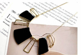 Black Drip Necklaces Of Geometric Openwork Style Necklaces
