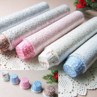 Wholesale Hot Selling Paper Cake Cup Mix Color And Design Round MUFFIN Cake Case With Dot Snowflake