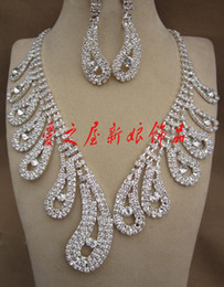 Wholesale DHgate Attractive Rhinestone Necklace Earring Set Bridal Wedding Party Jewelry Bridal Accessories