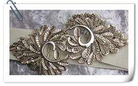 Wholesale Double belt buckle fashionable Engraving leaves Elastic tightness belts P
