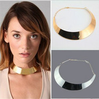 Wholesale 2012New Silver Gold Collar Necklace Mix Lady s Necklaces Fashion Chains Jewelry
