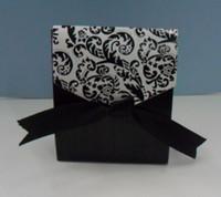 Wholesale Hot Damask Wedding Candy Box Wedding Favor Box Paper Gift Box