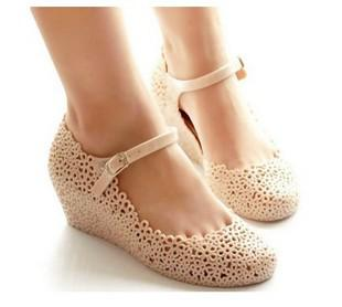 Fashion Women Jelly Shoes Beach Sandals Hollow Out Mary Jane Wedges Shoes Online with $18.41/Pair on Tradingbear's Store | DHgate.com
