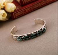 Wholesale 2012 new arrival European style retro bracelet on simple C style lady wearing bracelet
