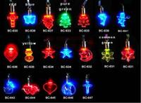 Wholesale Luminous necklace acrylic LED flash Pendant Fashion luminous Pendant magnetic necklace