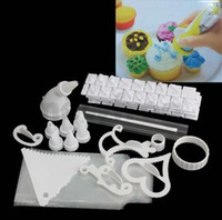 Wholesale Hot SellinG Cake Decorating Frosting Icing Decorating With Storage Box DIY Kit