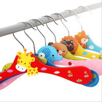 Wholesale Wooden cartoon hanger children hangers Cartoon colored hanger triangle hangers small B yq