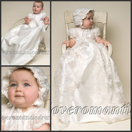 Wholesale Lovely High Quality Ivory White Taffeta Baptism Gown Lace Jacket Christening Gowns Dress with Bonnet for Baby Girls and Boys