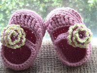 Crochet baby shoes Mary jane flower & pearl cotton yarn 0- 12...
