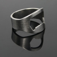 Wholesale Lowest price Finger Ring BEER Bottle Opener Stainless Steel bottle opener mm mm mm mm