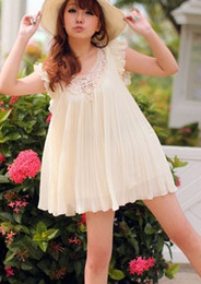 Wholesale Hollow chain link fence boats sleeve layers of pleated chiffon dress