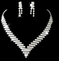 Jewelry Sets bead setting diamonds - 2015 Maxi Necklace Nigerian African Beads Jewelry Set Simulated Diamond Rhinestone Plating Bowknot Necklaces Earrings S XL120