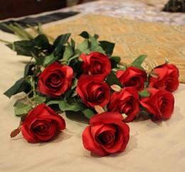 Silk Single Stem Rose 68cm 100p Artificial Simulation Flowers Red Color Peony Rose Camlellia for Wedding Centerpiece Home Xmas Decor