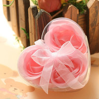 Wholesale Romantic Flower Soap Heart Shape Handmade Rose Bath Sweet Clean Flakes Wedding Party Favors set