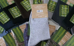 Wholesale New Arrival Bamboo Fiber Men Socks Mens Sock Socks For Men Colors Mix And Match