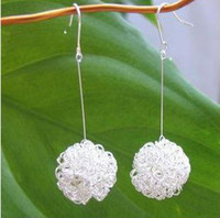 Wholesale Especially chic ear clip on hanger hollow magic white snow ball drop bridal chandelier earring
