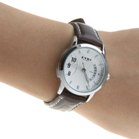 Wholesale Christmas gift EYKI E Times Lover s Watch Leather Quartz Female women s watch lady watches H8646