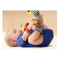 Wholesale New Lamaze High Contrast Wrist Rattle Hands finder Set Bee amp Lady Bug WJ13