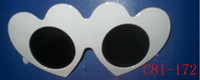 Wholesale Party Glasses Funky Novelty Glasses Props Cheap Plastic White Halloween Party Glasses Heart Shape