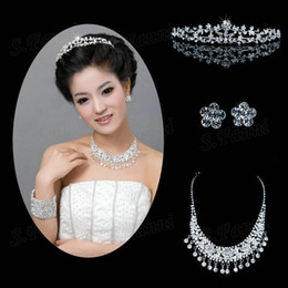 2019 New design Rhinestone tiaras earrings and necklace jewelry Set Bling Bling