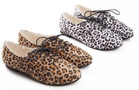 Wholesale New fashion women s shoes Retro Leopard flat shoes Oxford shoes size