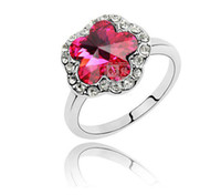 Wholesale 2012 Trendy Flower Crystal Rings For Women Colours