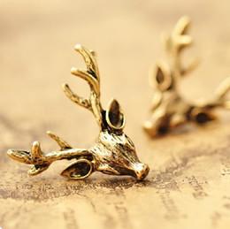 Wholesale Fashion vintage antique golden copper stud earrings Antlers deer head ear hammer