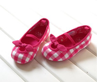 Wholesale Pink plaid Rubber soled baby girls shoes first walkers shoes FH034 fashion_house