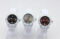 Reloj blanco 200pcs / lot, reloj blanco de los niños de la venda reloj del silicón de la jalea del caramelo de 38m m El reloj del silicón de los hombres de las mujeres de las señoras colorea relojes del deporte del reloj de la cara