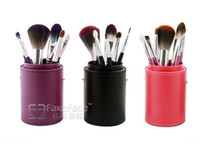 Wholesale 7pcs Makeup Tools facial brushes Make up Brush Beauty make up with cylinder box have color