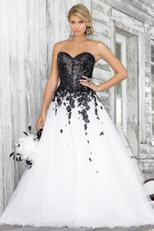 Wholesale 2015 plus size prom dresses sweetheart black and white soft tulle Black Lace Applique Wedding Gowns Sexy formal dresses evening gowns BL5139