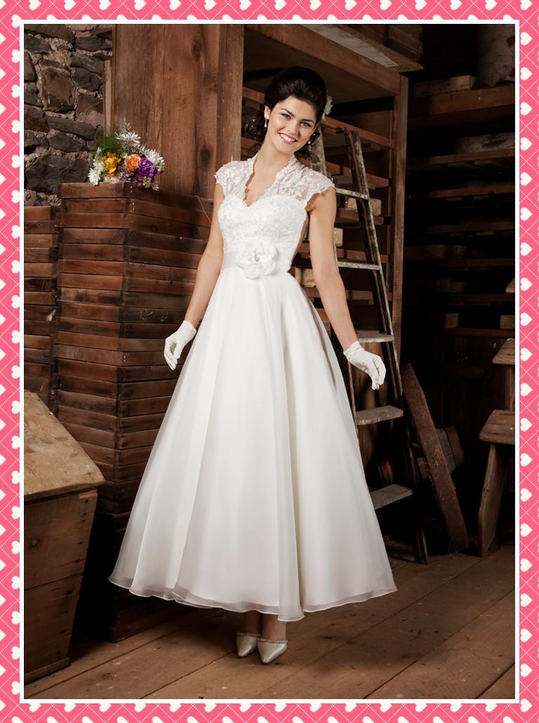 Discount modest tulle wedding dress a line v neck lace for Simple ankle length wedding dresses