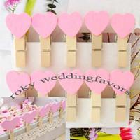 achat en gros de en forme de coeur bois-Freen Expédition! 100pcs / lot, couleur rose en forme de coeur clips en bois, Mini vêtements en bois Peg, Mini Clips pour Wedding Favors
