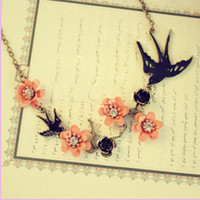 Wholesale Vintage flowers Necklaces flower bird Pendant Carved chokers chains charm Gift cheap fashion jewelry
