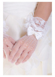 Wholesale CUSTOM MADE Flowergirl Wrist Length Tulle Lace Ladies Gloves