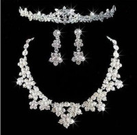 Wholesale 3pcs set Bridal Jewelry Wedding Veil Crystal Crown Pageant Tiara headpiece Necklace Earrings wh016