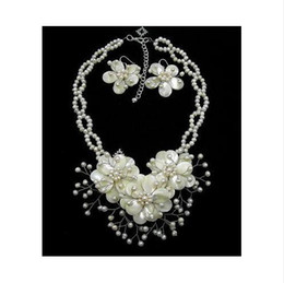 Wedding Jewelry Natural Mother Of Pearl Shell Freshwater Pearl Flower Necklace & Earring Set 16''