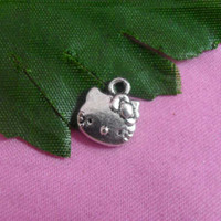 Animals cat charms - Antique silver plated cute lovely cat charms SPCPL10018 X11MM