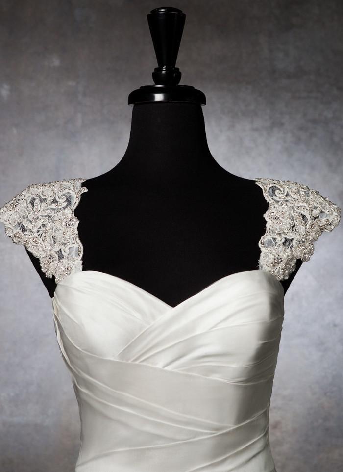 Romantic exquisite beaded detachable cap sleeve lace for Wedding dress detachable sleeves