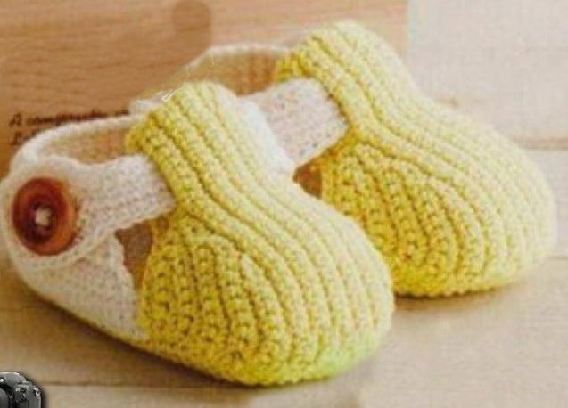 Woolen Crochet : Crochet baby shoes, baby boy slippers floor walker shoes shoes wool ...
