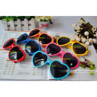 Wholesale 20PCS Peach love heart glasses glasses glasses sunglasses sunglasses yurt