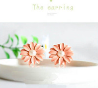 Wholesale friendship gift newest fashion design cute pink pearl Daisy flower earrings